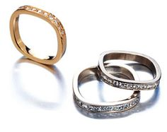 Love the shape of these rings. They actually fit better than round. Oz Jewellery.