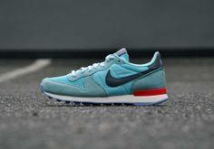 Nike Internationalist Glacier Ice <3