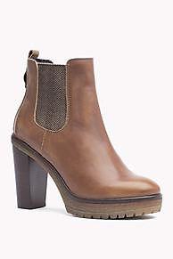 Shoppen Sie Lederstiefel Mit Hohem Absatz und erkunden Sie die Tommy Hilfiger Stiefel