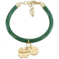 Das Armband Cannock in Lackoptik mit vergoldetem Charm in Grün des Labels Beka
