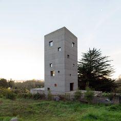 Pezo von Ellrichshausen · Cien House