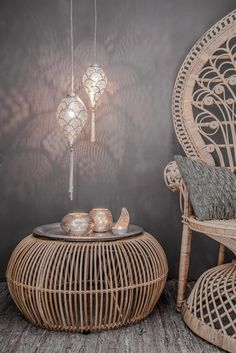 Set up oriental - 50 fabulous living ideas like 1001 nights, Home Accessories, rattan pouf hanging lamps set up oriental. Sofa Layout, Home Decor Accessories, Decorative Accessories, Asian Home Decor, Egyptian Home Decor, Interior Decorating, Interior Design, Moroccan Decor, Lamp Sets