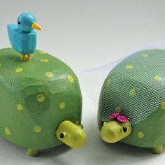 turtle wedding cake toppers from bunnywithatoolbelt.com