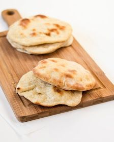 The moonblush Baker: Penny pinches/-/Whole wheat sourdough pita