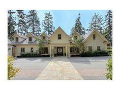 Exquisite custom built home