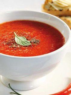 Πικάντικη σούπα με ψητές ντομάτες και πιπεριές - www.olivemagazine.gr Thai Red Curry, Chili, Salsa, Deserts, Mexican, Cooking, Ethnic Recipes, Food, Kitchen