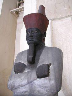 The Pyramidion of the Pharaoh Amenemhat III. 12th Dynasty from Dashur._cairo_museum.