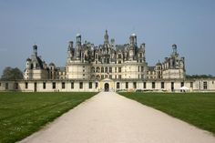 Château de Chambord is one of the most beautiful castles in the French valley Loire, also called the French garden. The castle is known for it's unique french renaissance architecture.