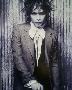 Remember this? Inoran's tour pamphlet 2012. I always love these photos...enjoy them! #inoran #INRN #beautifulnow #beautiful_now #lunasea #muddyapes #tourbillon #jrock #rock #japan #guitarist #vocalist #guitarplayer #rockstar #musician #performer #2012photoshoot by jelmed1