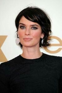 Unlike most bobs, where hair is longest in the front, this look utilizes shorter pieces around the face to create the visual effect of swept back ease. This look achieved popularity in the 90s, and is making a comeback thanks to modern, trendy women like Lena Headey.