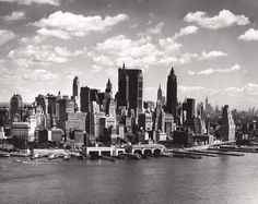 NEW-YORK-CITY-BLACK-AND-WHITE-MURAL-