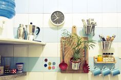 40 Trendy Diy Decorao Home Ideas Inspiration Shelves Boho Kitchen, Kitchen And Bath, Kitchen Decor, Cottage Christmas, Retro Home, Home Decor Inspiration, House Colors, Decoration, Sweet Home