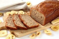 I went through this phase where I baked the most simple, one-bowl-baking, f*ck up proof banana bread recipes, just so there was a sweet floating smell. Gluten Free Banana Bread, Easy Banana Bread, Banana Bread Recipes, Superfood, Gluten Free Recipes, Baking Recipes, Most Popular Recipes, Printable Party, Luau Party