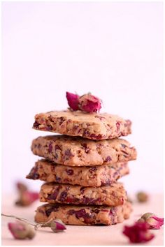Foodagraphy. By Chelle.: Rose and cranberry cookies