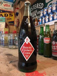 Vintage royal crown cola soda bottle full--oh yeah Scotch Whiskey, Bourbon Whiskey, Bourbon Drinks, Irish Whiskey, Crown Royal Drinks, Pop Bottles, Drink Bottles, Whiskey Girl, Rc Cola