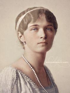 historyofromanovs:  Grand Duchess Olga Nikolaevna Romanova of Russia in 1914, hand colored.