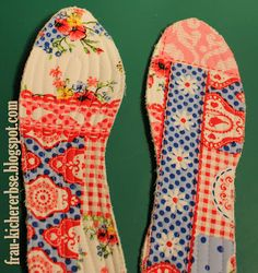 Frau Kichererbse: DIY: Einlegesohlen- ein Tutorial für alle mit Plastiktick