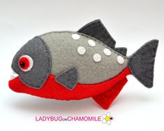 Check out our felt fish selection for the very best in unique or custom, handmade pieces from our baby & toddler toys shops. Fish Ornaments, Hanging Ornaments, Felt Fish, Cute Fish, Angel Fish, Felt Fabric, Felt Toys, Stuffed Animal Patterns, Felt Animals