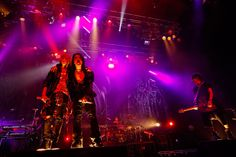 「SEX BLOOD ROCK N' ROLL」で共演をするMY FIRST STORYのHiroとVAMPS。(撮影:田中和子)