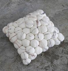 Pebble Cushion, Ronel Jordaan