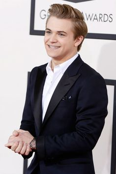 hunter hayes with his shirt off | if hunter hayes goes shirtless if hunter hayes takes his shirt off ...