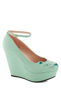 Youre Kitten Me Wedge, #ModCloth These are way to cute! Love the color, style and kitty face!