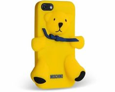 Moschino iPhone & iPad Case Collection: The Italian fashion luxury house Moschino made its debut at Milan Fashion Week earlier this year, gathering a lot of buzz with its whimsical, purposefully kitschy and fun  collection.