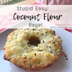 Stupid Easy Coconut Flour Bagel | Rachael Dee Low Carb Bread, Low Carb Keto, Low Carb Recipes, Bread Recipes, Soup Recipes, Candida Diet Recipes, Dinner Recipes, Dukan Diet, Pumpkin Recipes