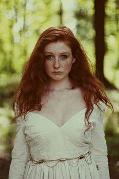 """comics-redhead: """"• Redhead #397 """""""
