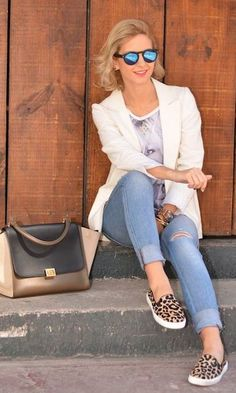 Look: Blazer Branco + Slip On de Animal Print Casual Outfits, Cute Outfits, Fashion Outfits, Womens Fashion, Urban Fashion, Fashion Looks, Look Blazer, Blazer Jeans, Animal Print Outfits