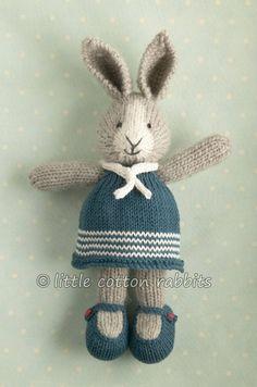 36 ideas knitting crochet toys little cotton rabbits Knitted Stuffed Animals, Knitted Bunnies, Knitted Animals, Knitted Dolls, Crochet Dolls, Doll Patterns, Knitting Patterns, Clothes Patterns, Dress Patterns
