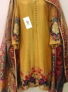 - Source by - Pakistani Fashion Party Wear, Pakistani Formal Dresses, Pakistani Wedding Outfits, Pakistani Bridal Dresses, Pakistani Dress Design, Indian Dresses, Indian Outfits, Pakistani Mehndi, Kurti Designs Party Wear