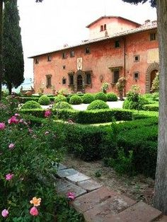 Villa Vignamaggio - Greve in Chianti - Italia...stayed here in 2003, Mona LIsa born in this villa