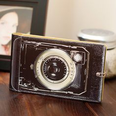 vintage camera photo album for 4x6 photos. Available in the Clickin Mom's shop. Fourteen Dollars.