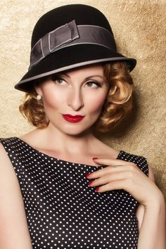 c9d08ea66286b Swoon - 40s Grey Bow Bowler Hat in Black Bowler Hat