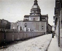 1911. Antes de la Gran Vía. La iglesia del Colegio de Niñas de Leganés en la calle de la Reina. | Flickr: Intercambio de fotos