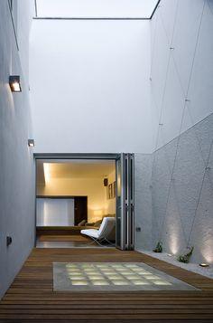 c house | lightwell ~ equipo olivares arquitectos