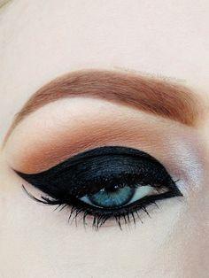 Feline  #eye #makeup #cat #beauty #ideas