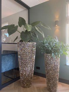 Floor Vase Decor, Vases Decor, Decoration Entree, House Plants Decor, Diy Hair Bows, Home Room Design, House Rooms, Modern House Design, Home Living Room