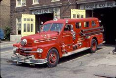 1955 Seagrave covered pumper, Detroit FD....