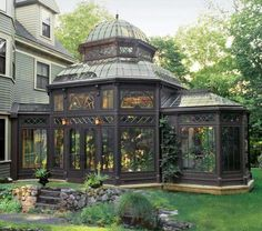 11 Ways to Make a Modern House Look Victorian architecture-desi. 11 Ways to Make a Modern House Look Victorian architecture-desi. Victorian Conservatory, Glass Conservatory, Victorian Greenhouses, Conservatory Design, Modern Greenhouses, Conservatory Extension, Victorian Gardens, Famous Interior Designers, Celebrity Houses