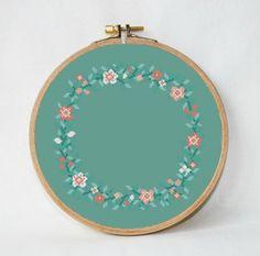 15 Floral Wreath Cross-Stitch Patterns