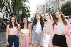 Girl Photos, Ariana Grande, My Music, Queens, Friendship, Blouse, Tops, Women, Musica