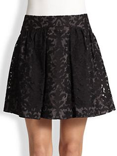 Tory Burch - Etta Skirt Sew the look using Vogue 8295 Easy Options skirt pattern  Shape the front yoke, add slit pockets and shorten the skirt.   http://voguepatterns.mccall.com/v8295-products-6717.php?page_id=263