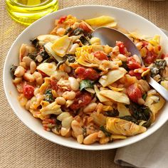 Mediterranean Spinach & Beans Recipe -If you want to make this dish vegetarian, use soy sauce instead of Worcestershire. I like this skillet meal served warm or cold. Vegetable Recipes, Vegetarian Recipes, Cooking Recipes, Healthy Recipes, Giada Recipes, Skinny Recipes, Cooking Tips, Mediterranean Dishes, Mediterranean Diet Recipes