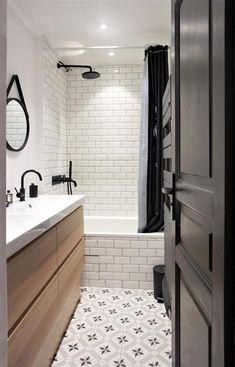 White Bathroom Ideas – See our favored white washrooms as well as check out our favorite white bathroom photos, including white bathroom furnishings, white decoration and also … - Bathroom Flooring Shower Remodel, Retro Bathrooms, Windowless Bathroom, Trendy Bathroom, Bathroom Furnishings, Bathroom Interior, White Bathroom, Bathrooms Remodel, Bathroom Decor