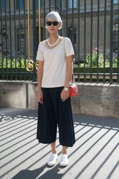 803ec8f009 10 Ways To Style White Sneakers Effortlessly
