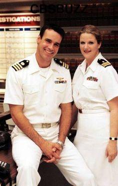 Jag: David James Elliott and Trisha Yearwood - Sitcoms Online . Best Tv Shows, Favorite Tv Shows, Us Navy Uniforms, David James Elliott, Joe Lando, Country Music, Ncis New, Lt Commander, Tv Show Casting