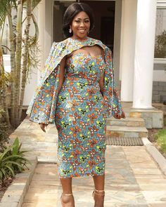 See these 45 PHOTOS: Latest Ankara Styles by Roselyn - African Wear. Here are some African dresses/Ankara styles by Roselyn also known on African Men Fashion, African Wear, African Attire, African Fashion Dresses, African Dress, Fashion Women, African Evening Dresses, Mode Wax, African Traditional Wear