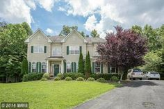 15004 Grassy Knoll Ct Woodbridge Va 22193 $519,900..Beautiful 6 bedroom 4 full bath home on a private 1/3 acre lot backing to the woods